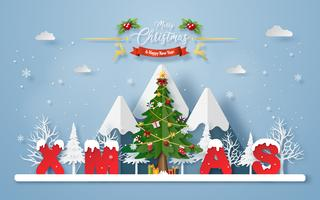 Julgran med ord XMAS på berget