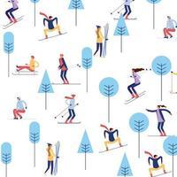 Leute, die auf Berg mit Bäumen Ski fahren