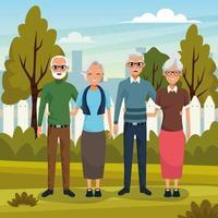 Äldre par tillsammans i park