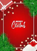 Weihnachtsauslegung mit Weihnachtsbaum und Geschenkkästen auf Rot