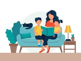 Mamma läser för barn. Familjesammanträde på soffan med boken i platt stil