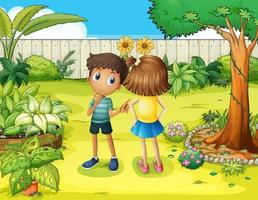 En pojke och en flicka som kranglar i trädgården