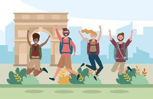 kvinnor och män vänner hoppar med ryggsäck