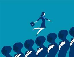 Geschäftsfrau, die über Geschäftsfrauen läuft