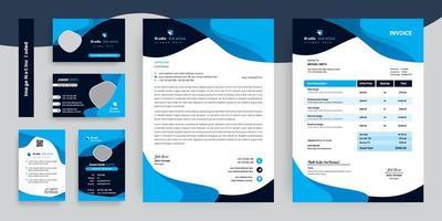 blaue und schwarze Geschäftsbriefpapierschablonensatz vektor
