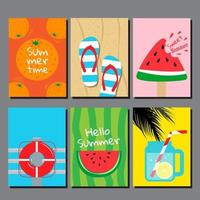 buntes Kartenset mit sommerlichen themenbezogenen Gegenständen