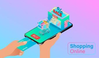 Person, die Kreditkarte für mobile Bestellung verwendet