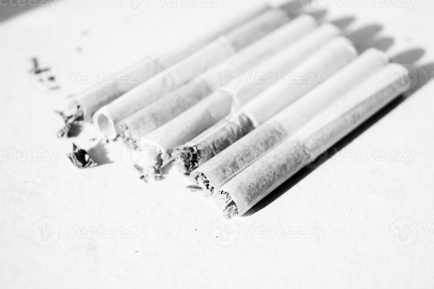 "cigarettes fortes soviétiques ""belomorkanal"" photo"