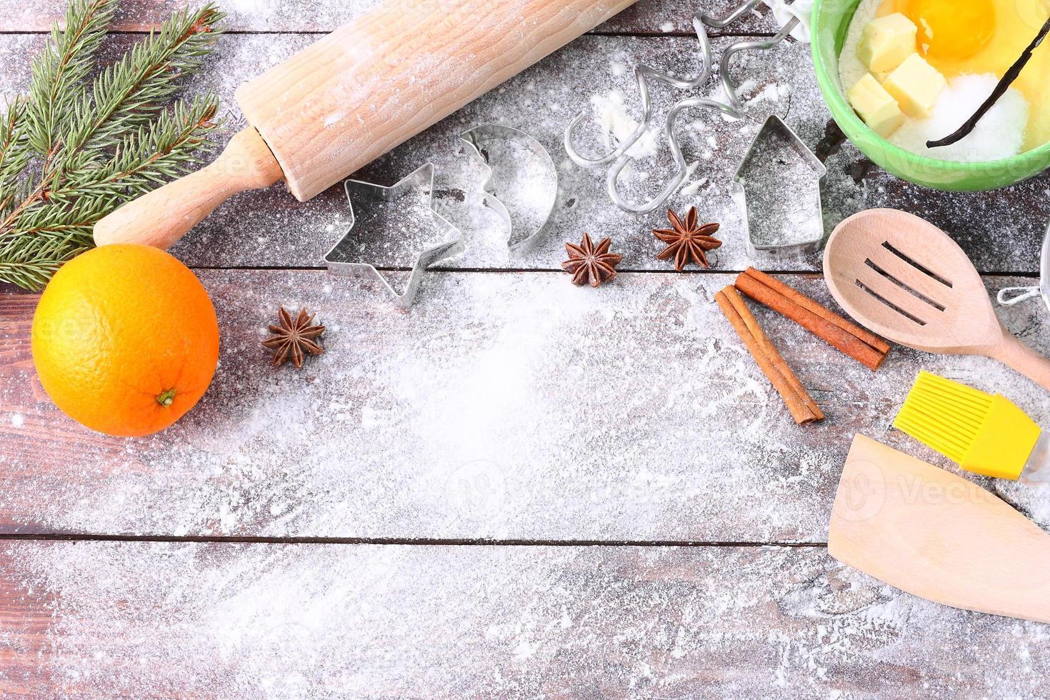 produits pour la cuisson des gâteaux sur une table en bois. photo