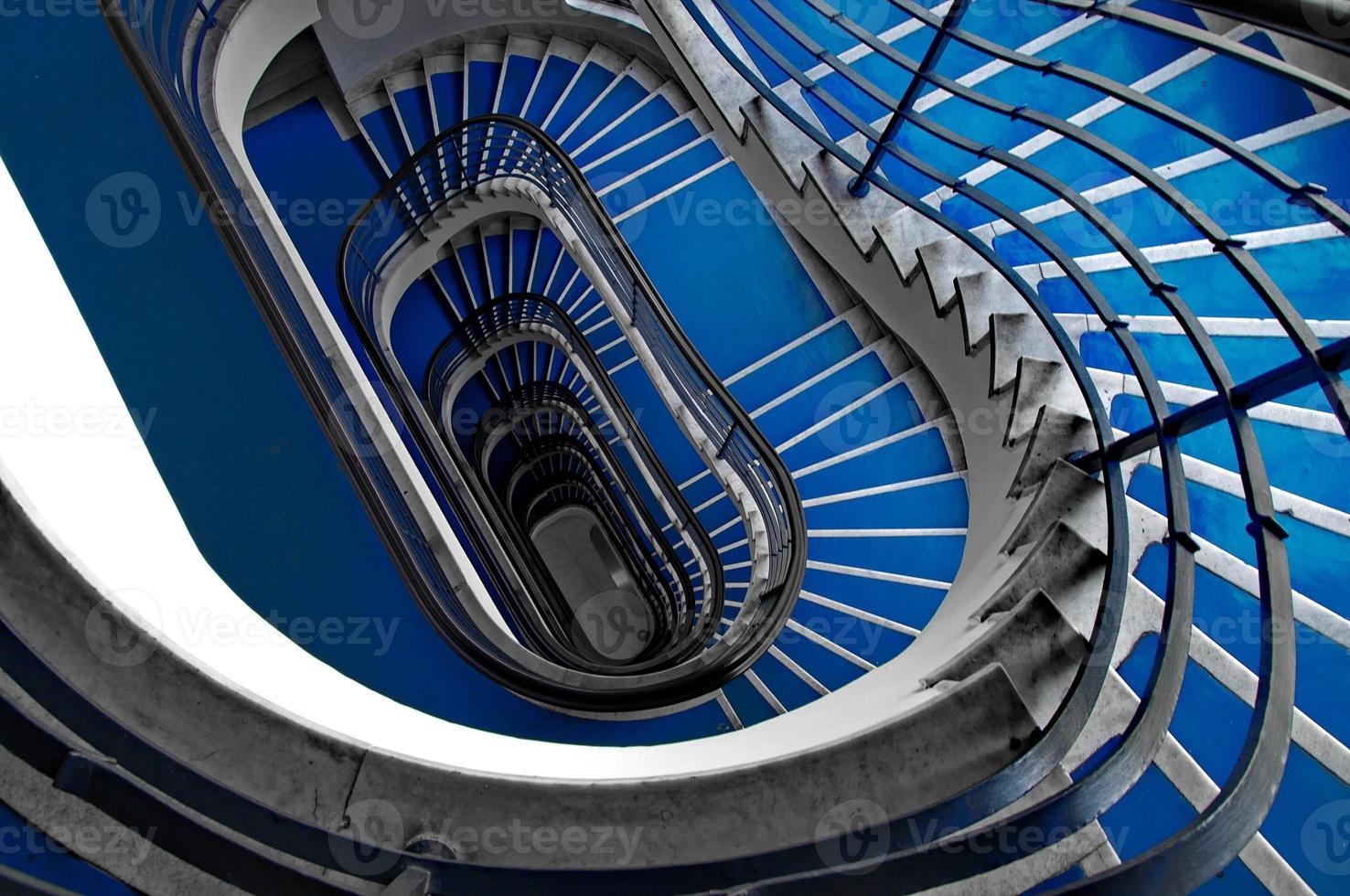 escalier bleu photo