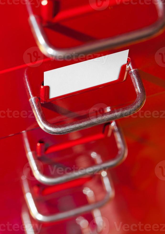 classeur rouge avec carte vierge photo
