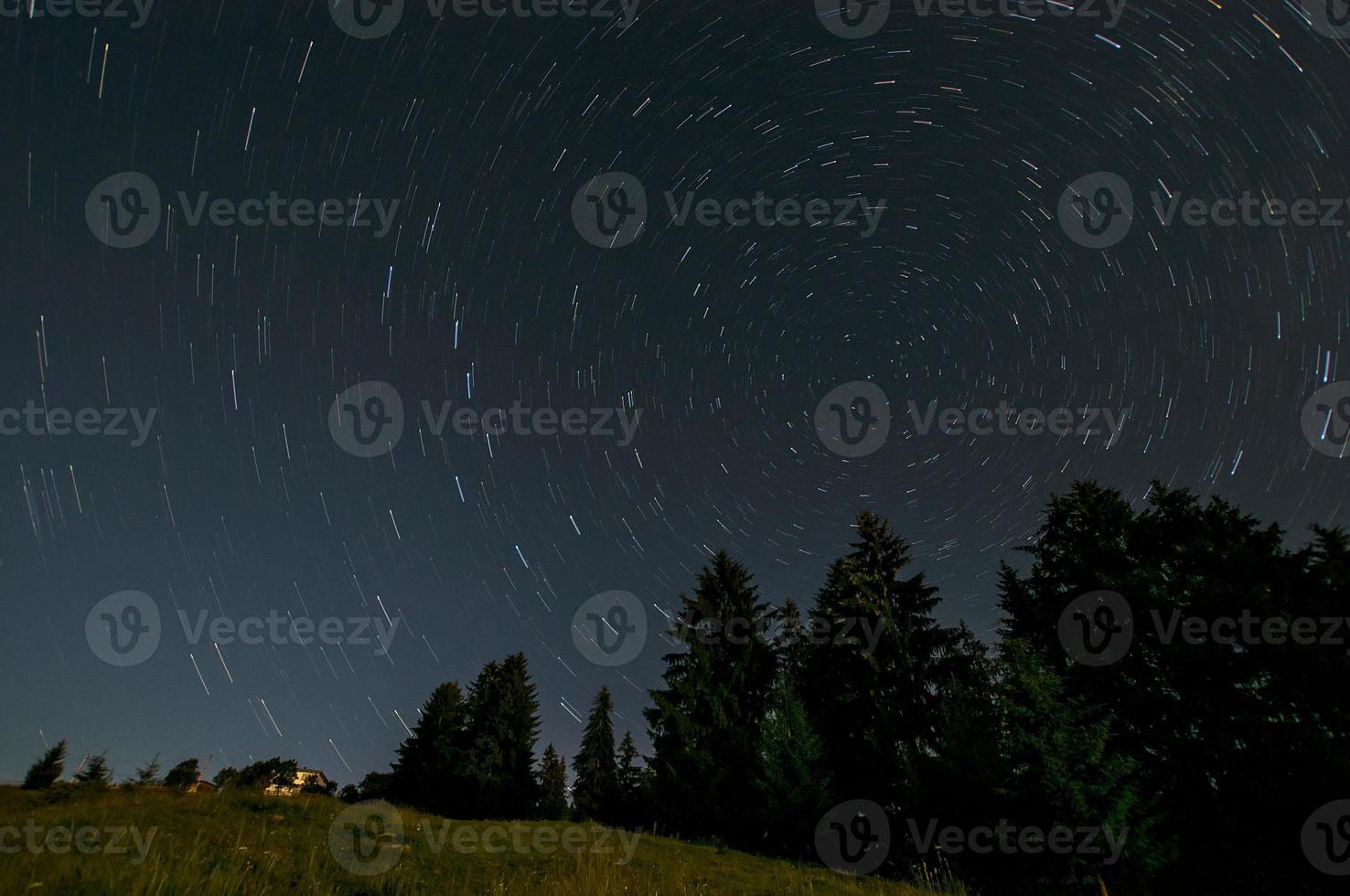 traiis étoiles courtes photo
