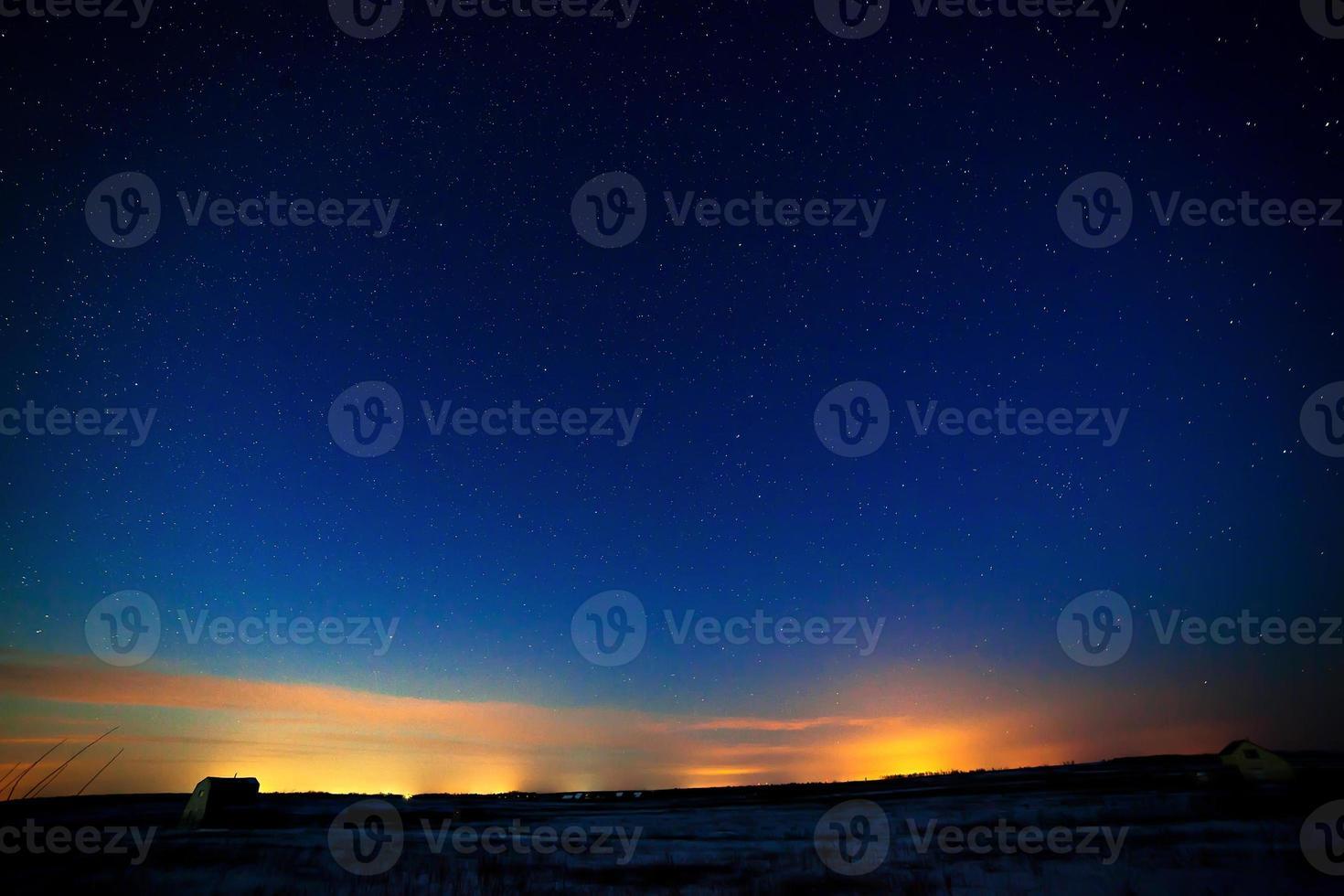 étoiles dans le ciel nocturne photo