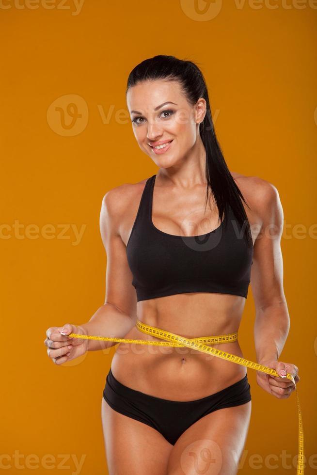 concept de sport, fitness et alimentation - gros plan de formés photo