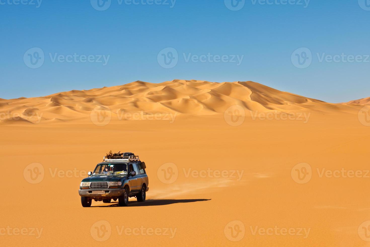 safari dans le désert du sahara photo
