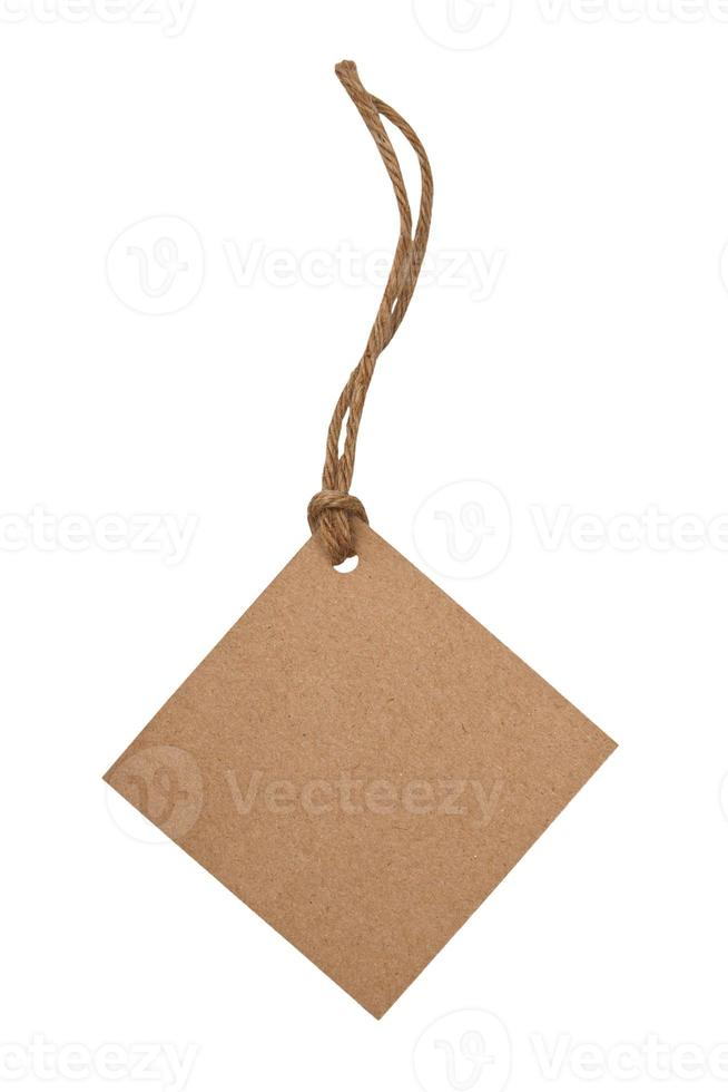 étiquette vierge attachée avec une chaîne brune photo