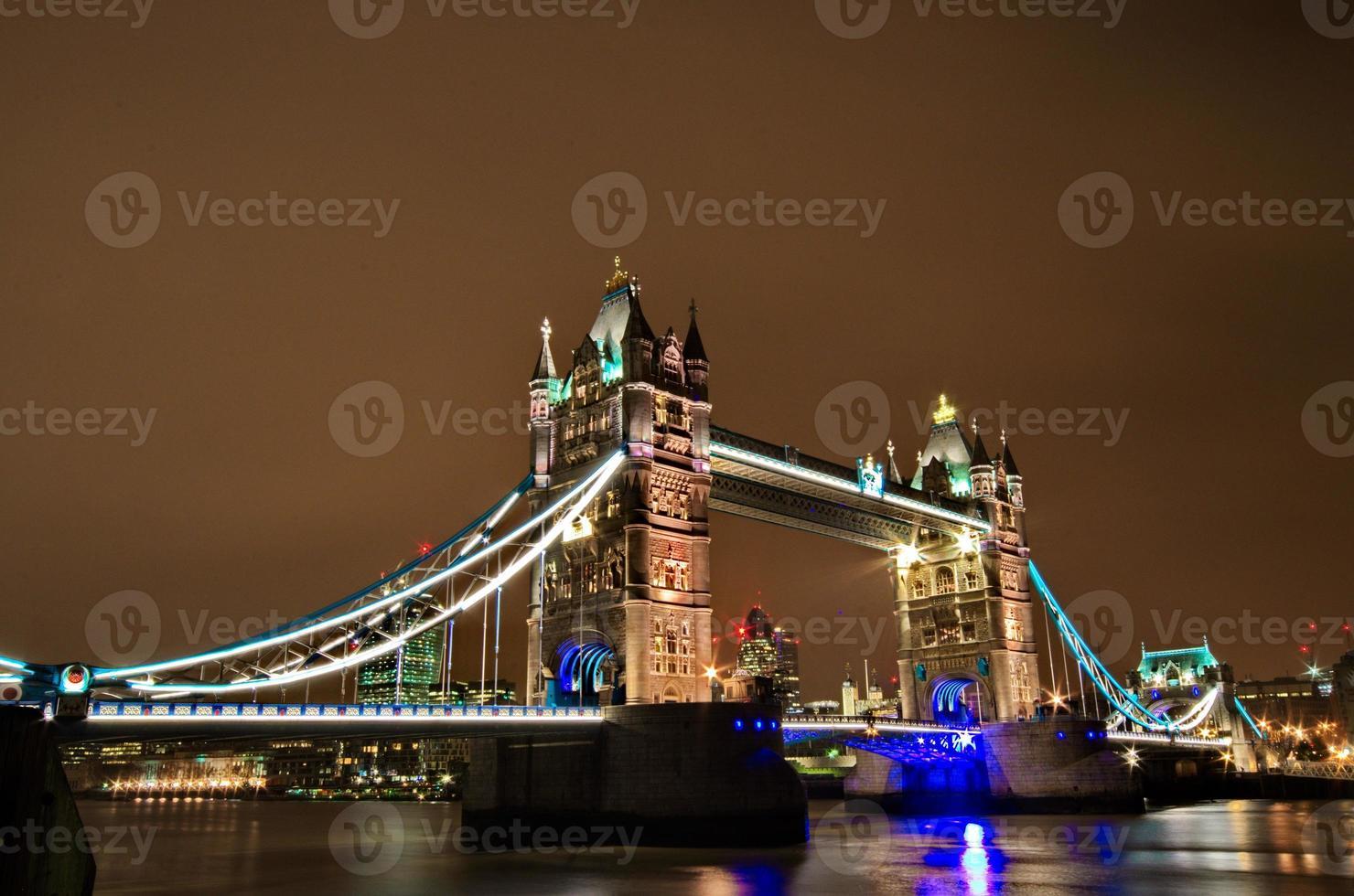 pont de la tour de Londres photo