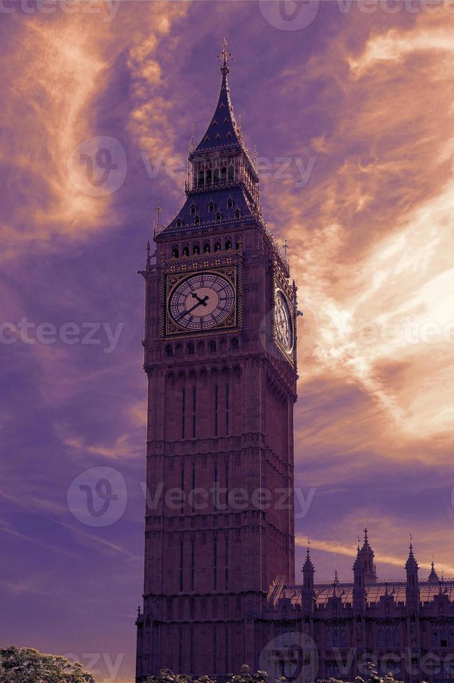 Big Ben à Londres au coucher du soleil photo