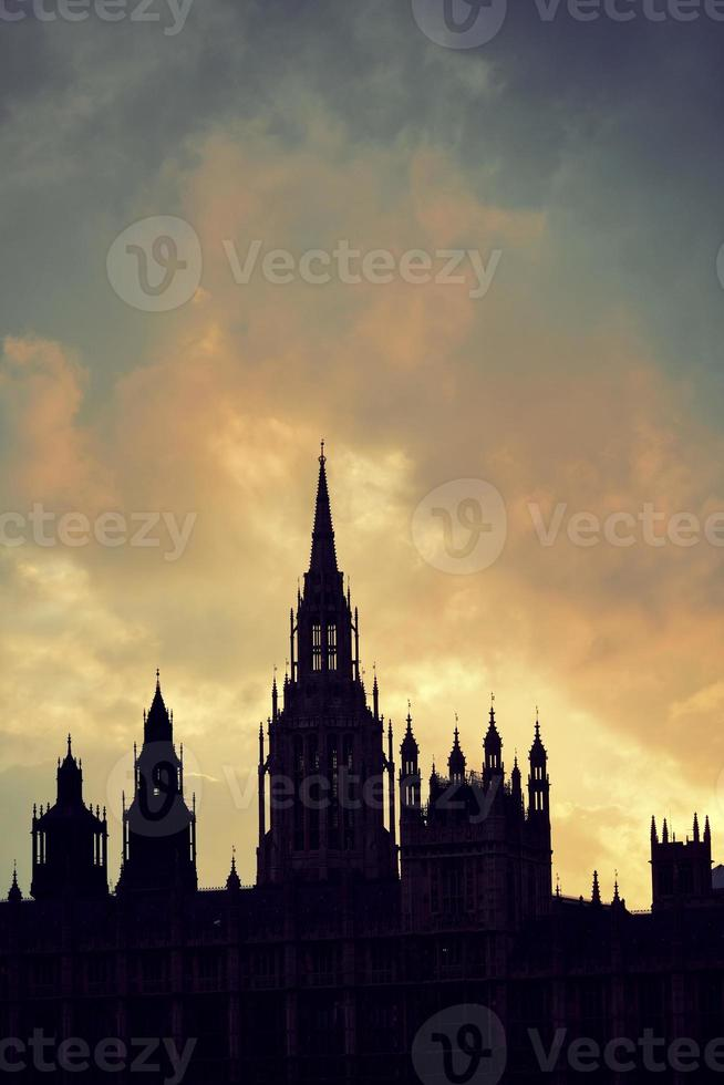 silhouette du palais de westminster photo