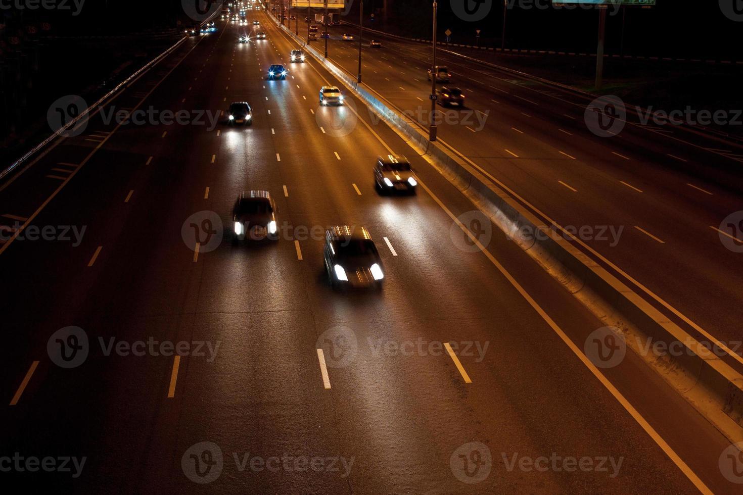autoroute de nuit photo