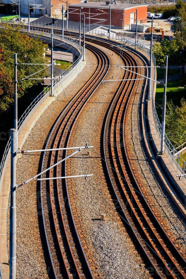 tramway dans la lumière de l'après-midi photo