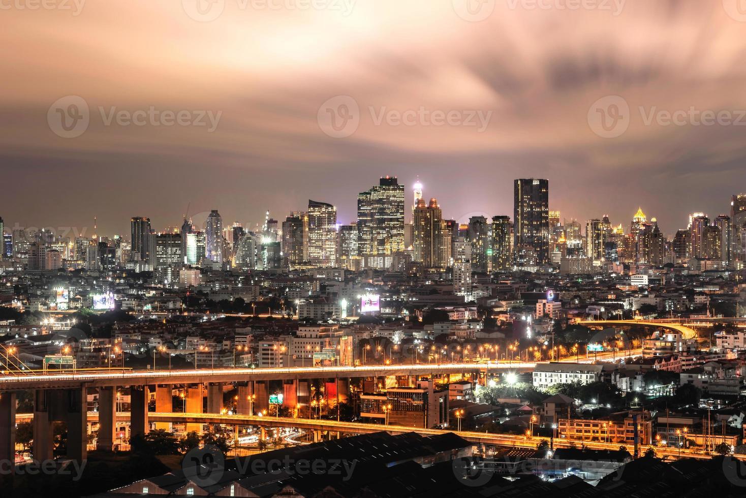 nuage rouge ville photo