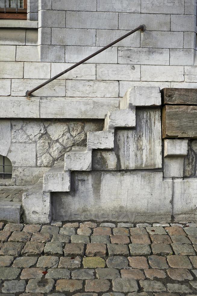 escalier grungy dans un site industriel du 19 ème siècle photo