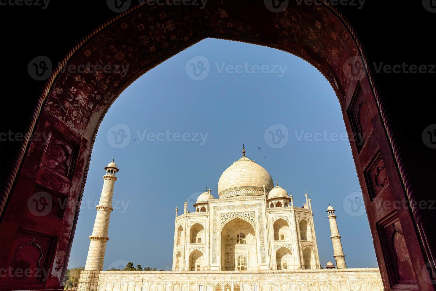 taj mahal, ciel bleu, voyage en inde photo