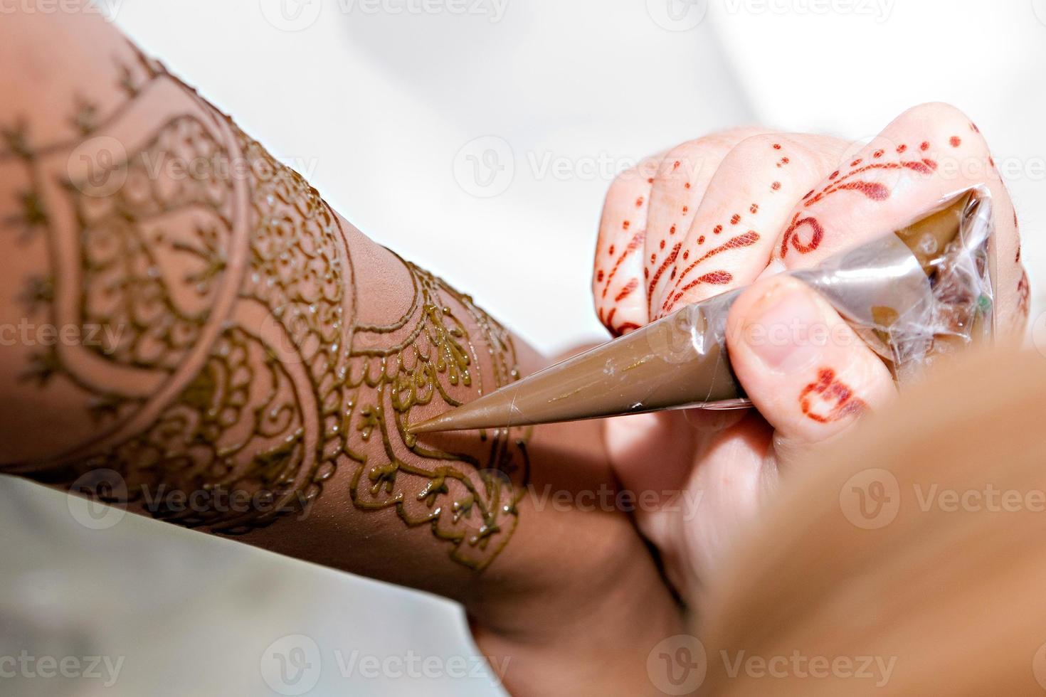 appliquer du henné photo