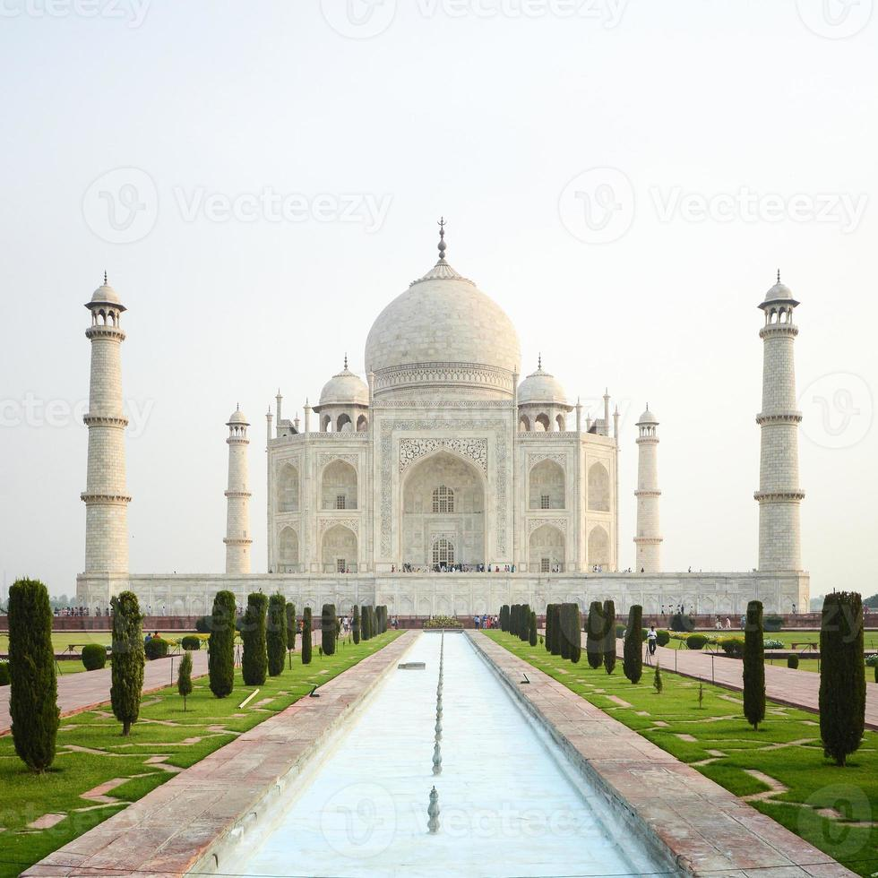 taj mahal, célèbre lieu de l'inde photo