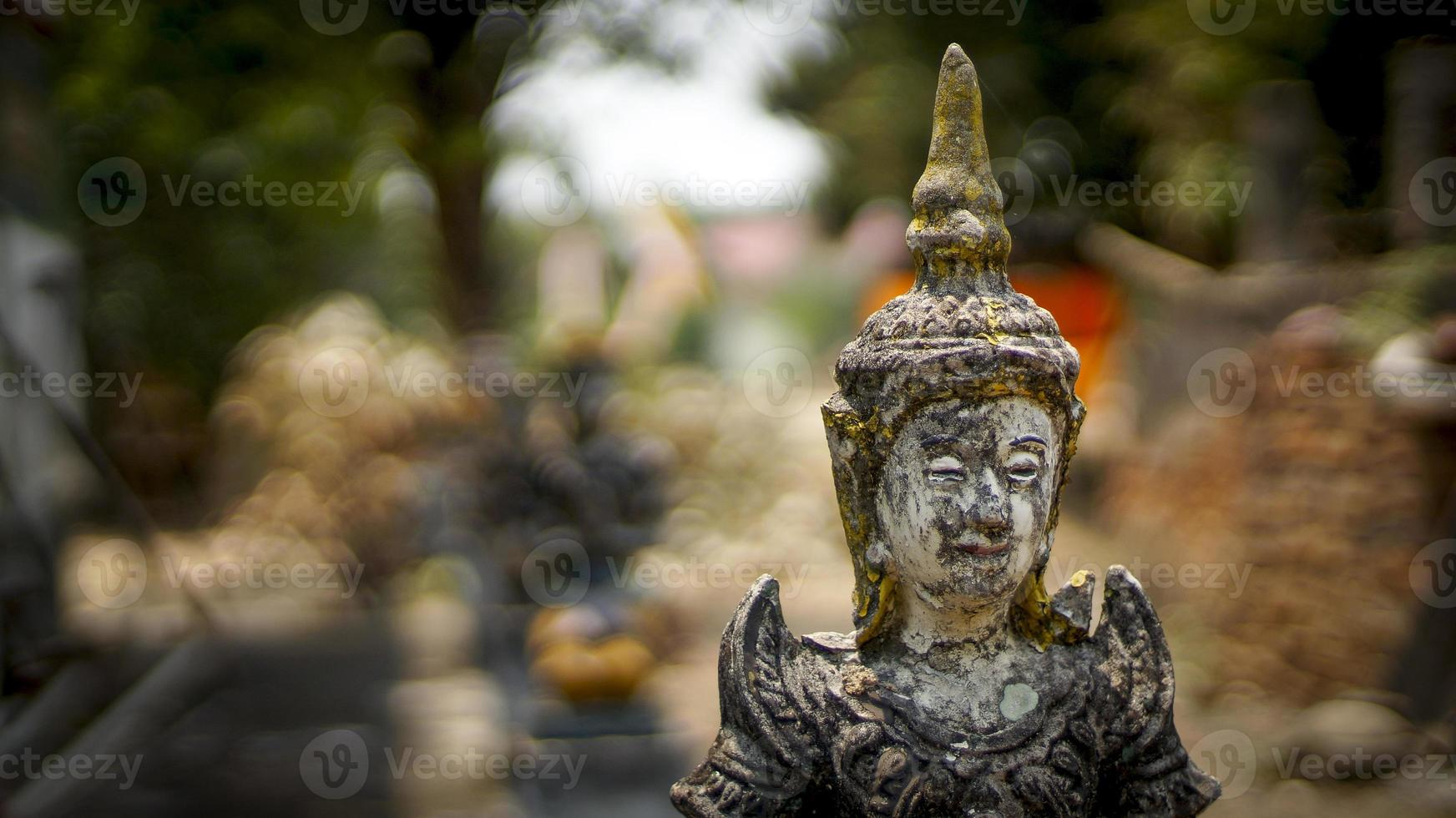 Bouddha et bokeh photo