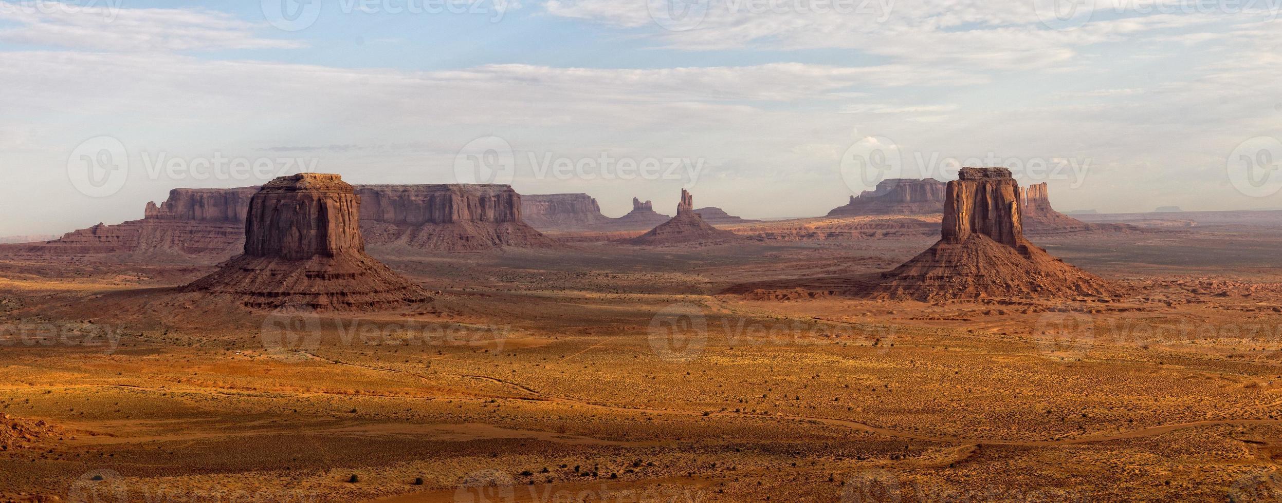 Monument Valley vue aérienne du ciel depuis le ballon photo