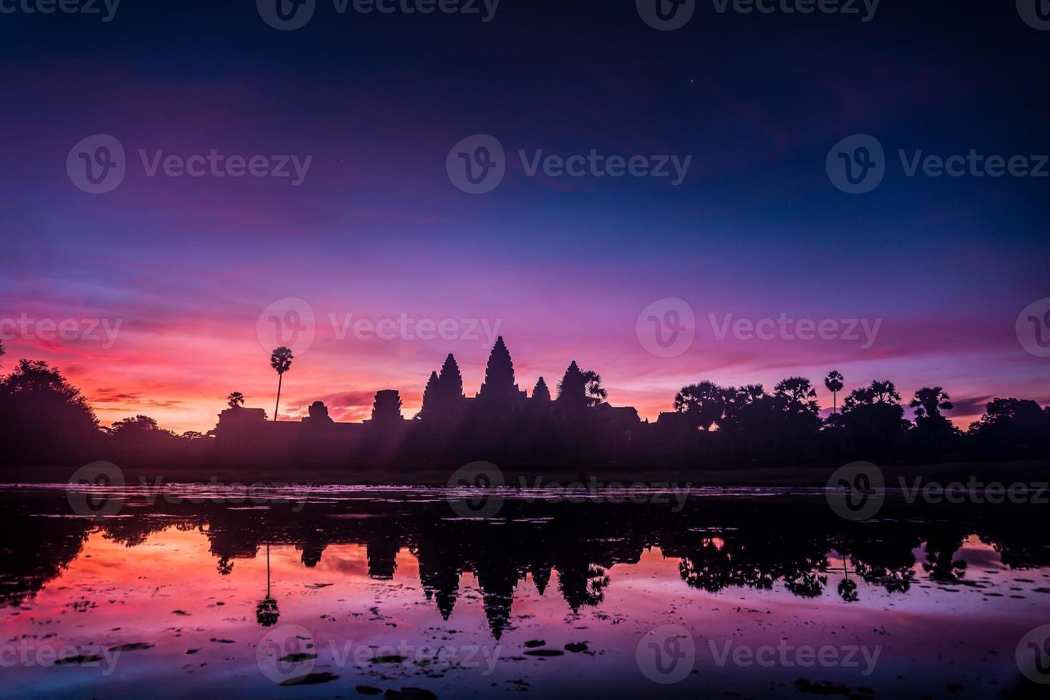 angkor wat au lever du soleil photo