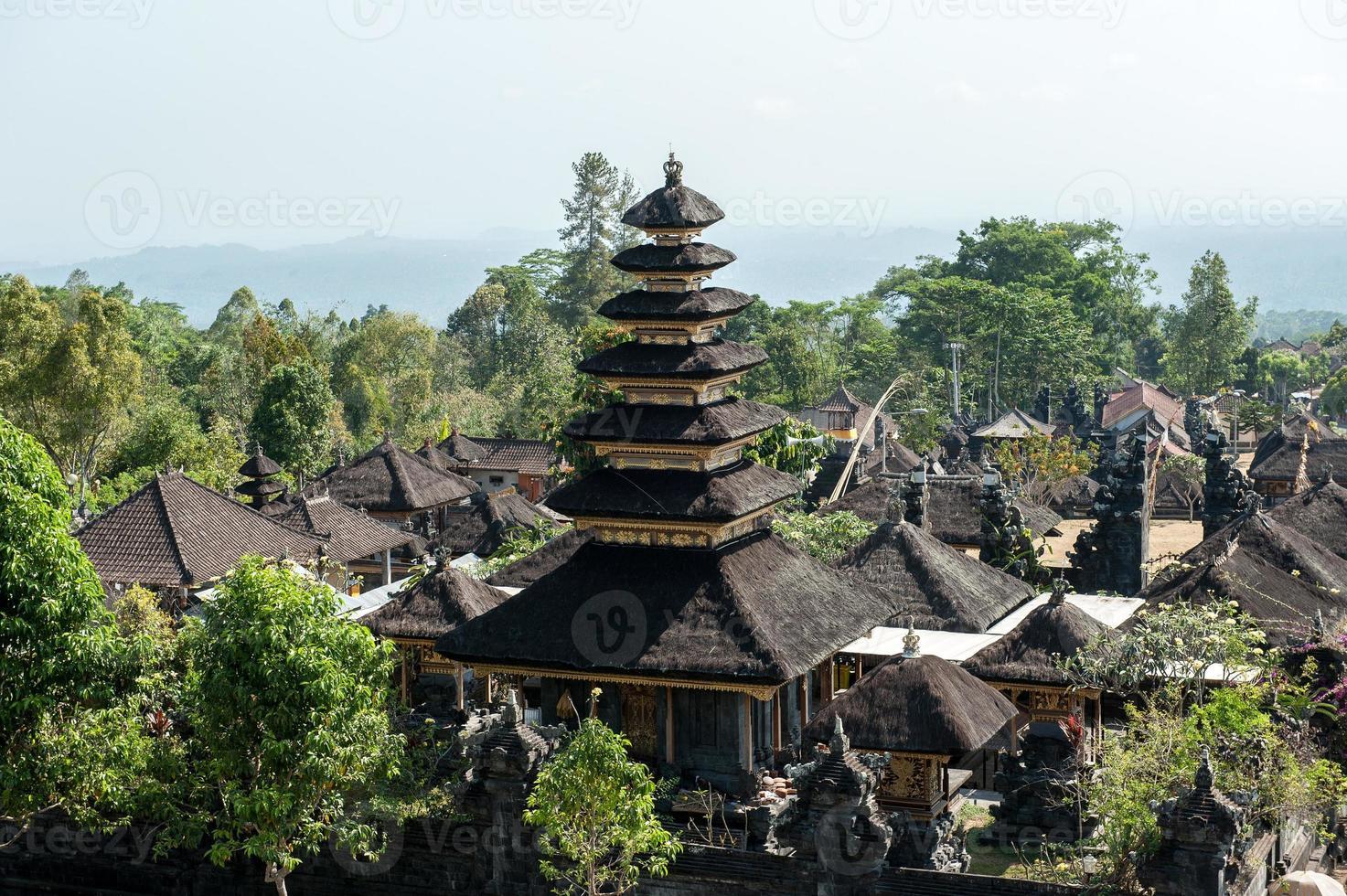 temple de pura besakih photo