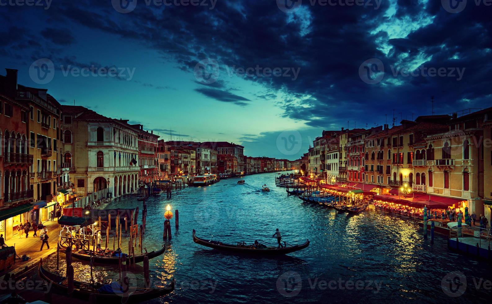 Grand Canal au coucher du soleil, Venise, Italie photo