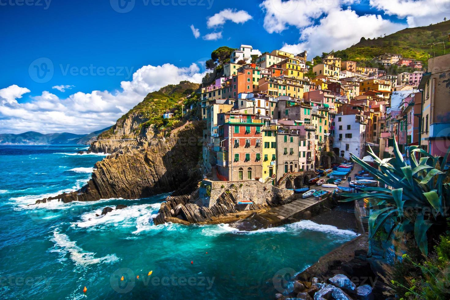 Village de pêcheurs de Riomaggiore à Cinque Terre, Italie photo