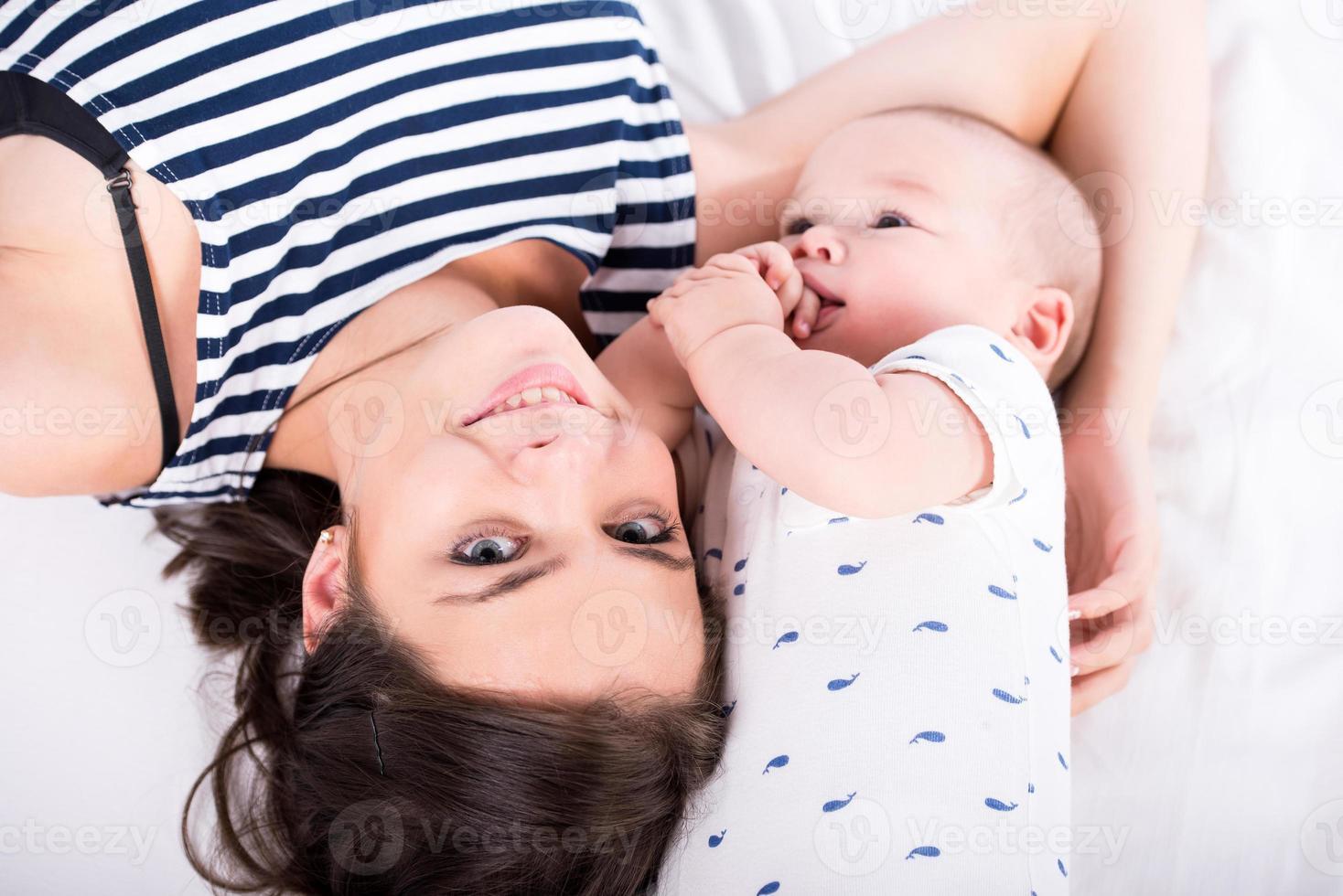 maman et bébé photo