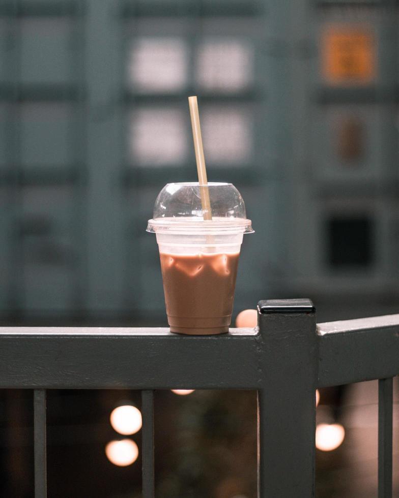 café glacé sur un balcon photo