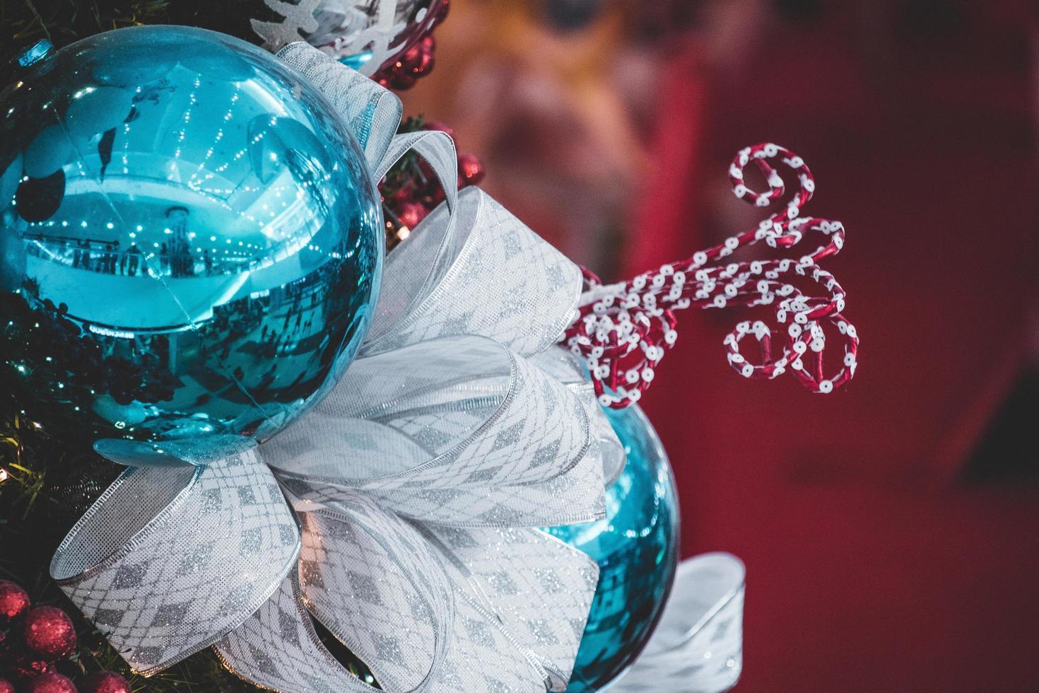gros plan de l'ampoule de Noël photo