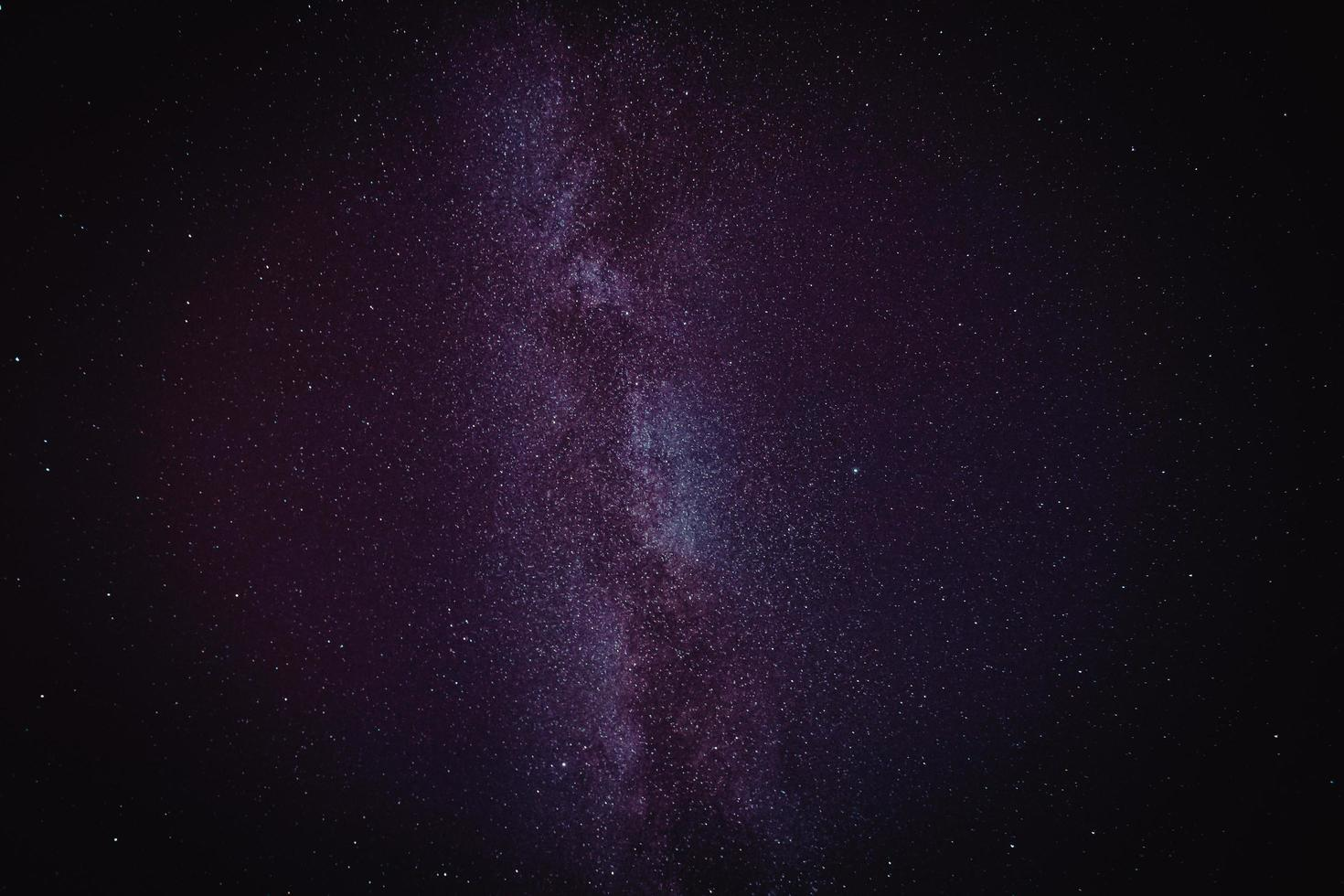 voie lactée rose et violette photo