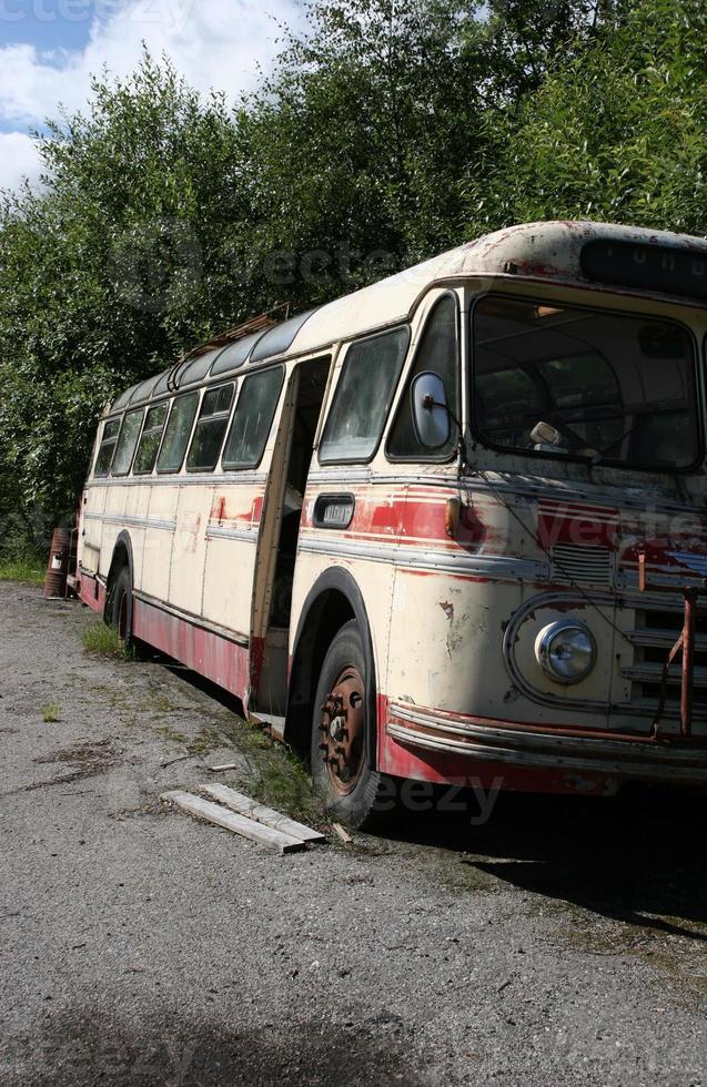 bus abandonné photo