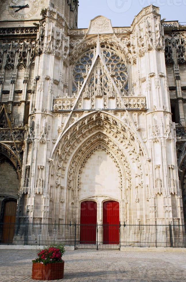 cathédrale saint-pierre-et-saint-paul photo