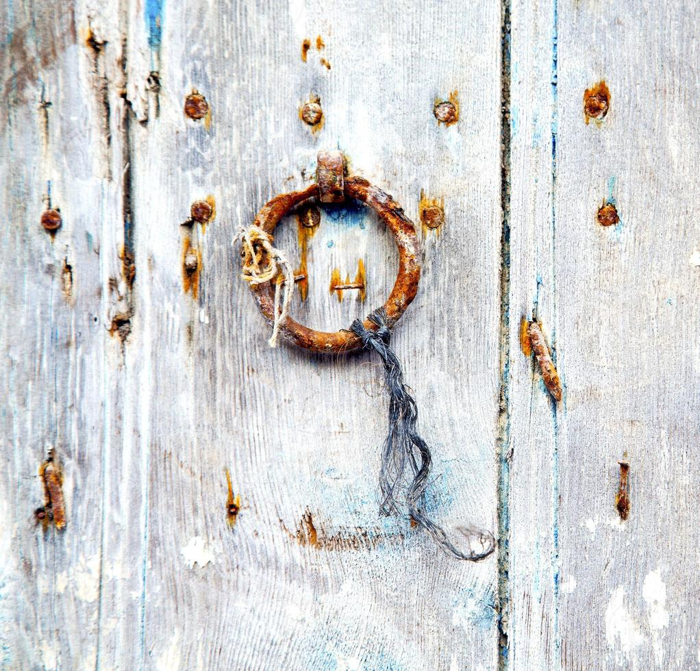 Maroc brun en Afrique la vieille maison de façade en bois photo