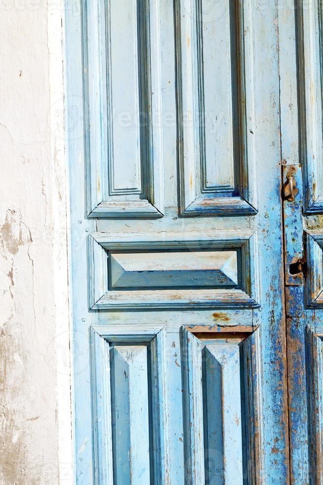 Le Maroc en Afrique la vieille maison de façade en bois photo