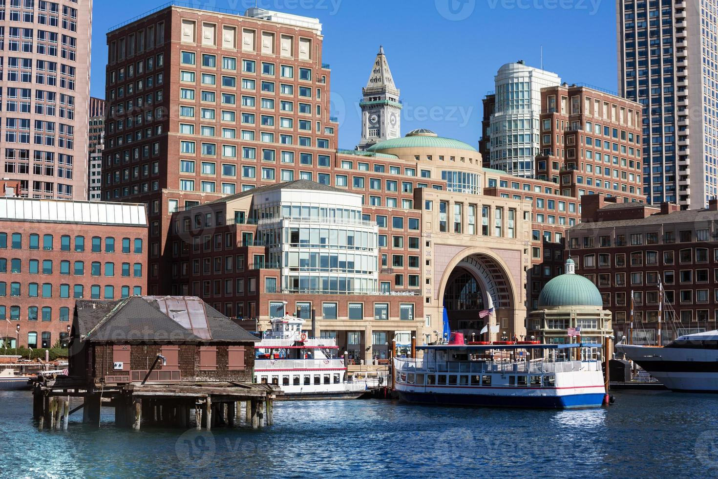Boston Rowes Wharf dans le Massachusetts photo