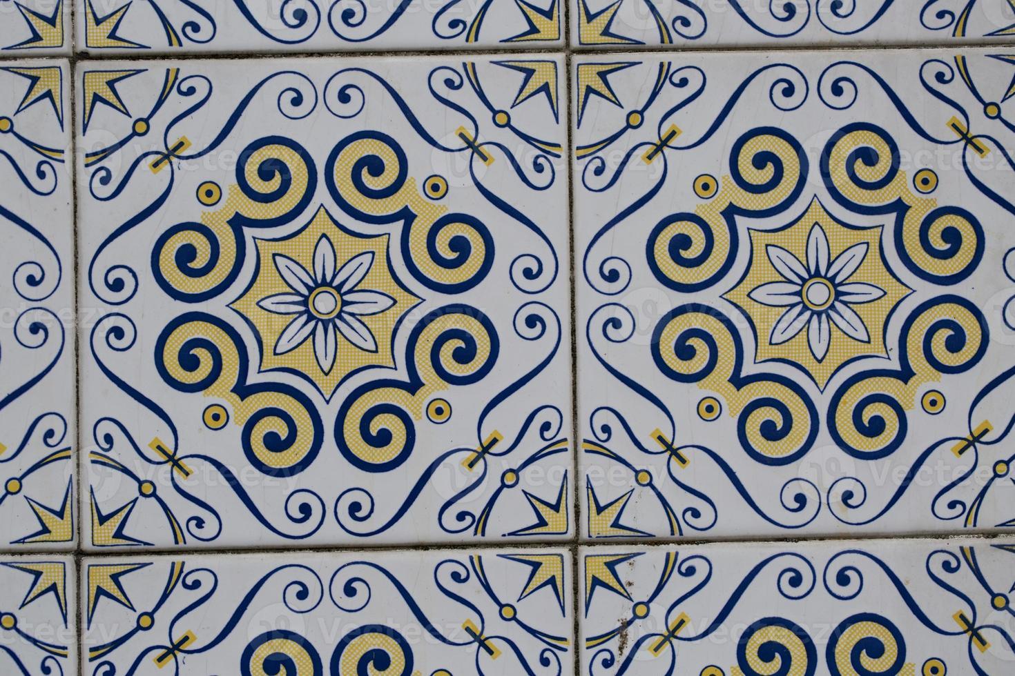 détail de carreaux émaillés portugais. photo