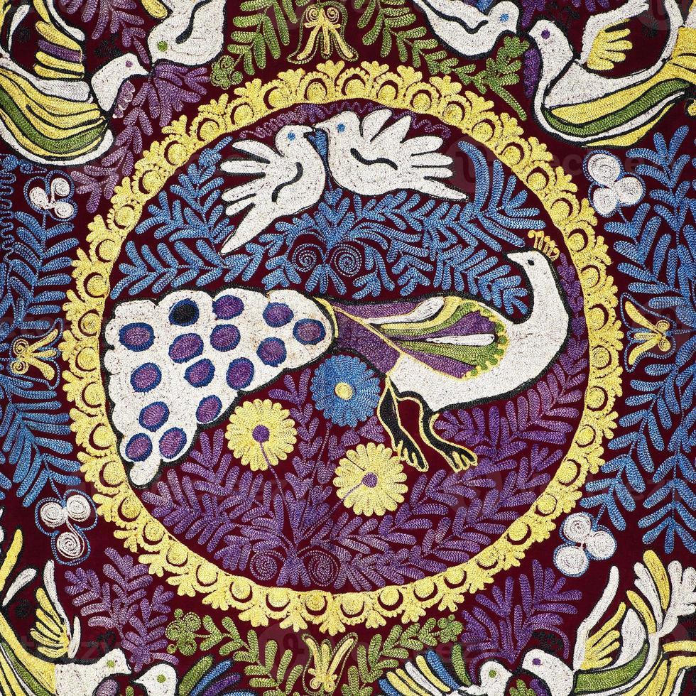 vieux tapis arabe coloré ancien photo