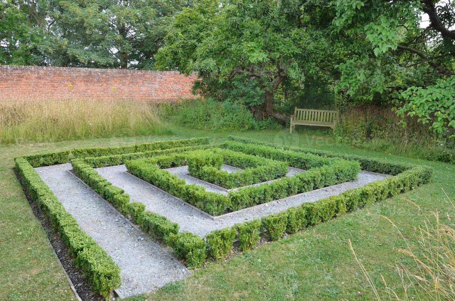 petit labyrinthe de haies photo