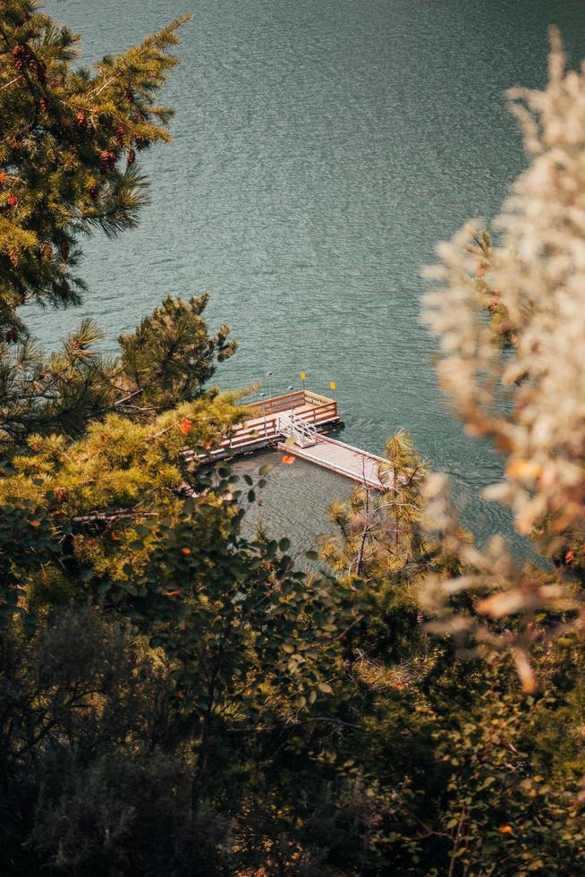 photographie aérienne du quai de bateau photo