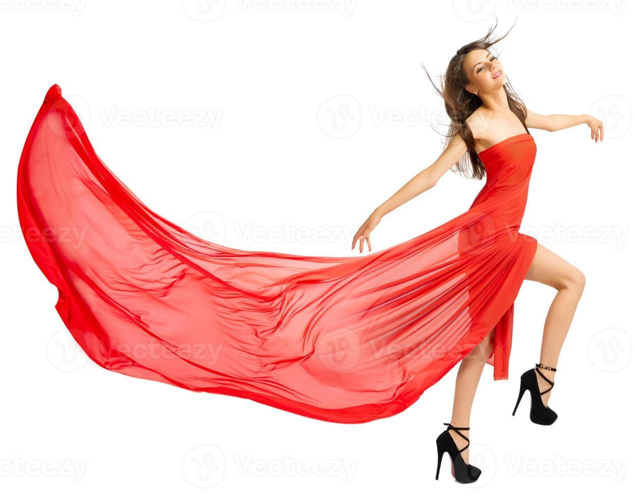 jeune fille en long tissu rouge isolé (ver normal) photo
